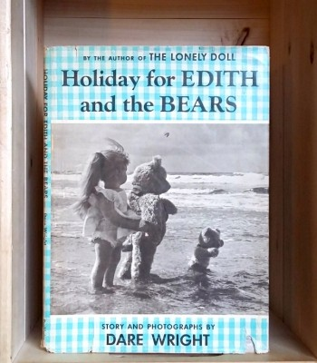 Image for Holiday for Edith and the Bears